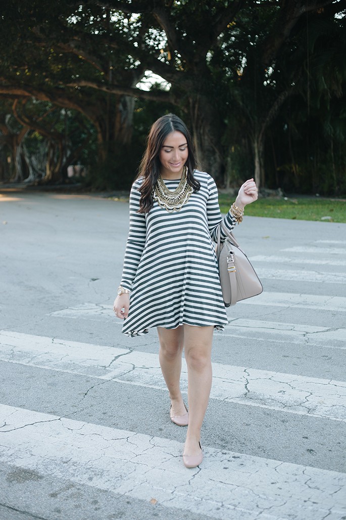 amazing-lace-striped-dress-the-fashionistas-diary