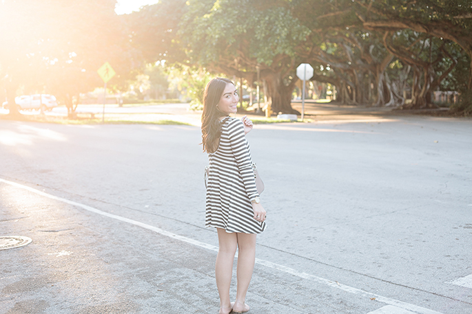 casual-striped-dress-the-fashionistas-diary