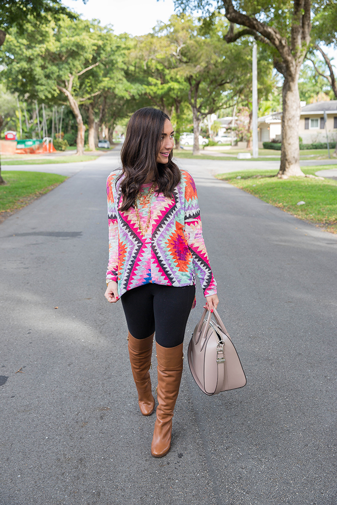 colorful-tunic-the-fashionistas-diary
