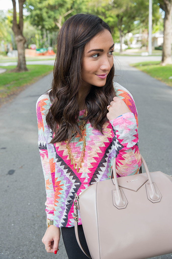 pink-patterned-top-the-fashionistas-diary