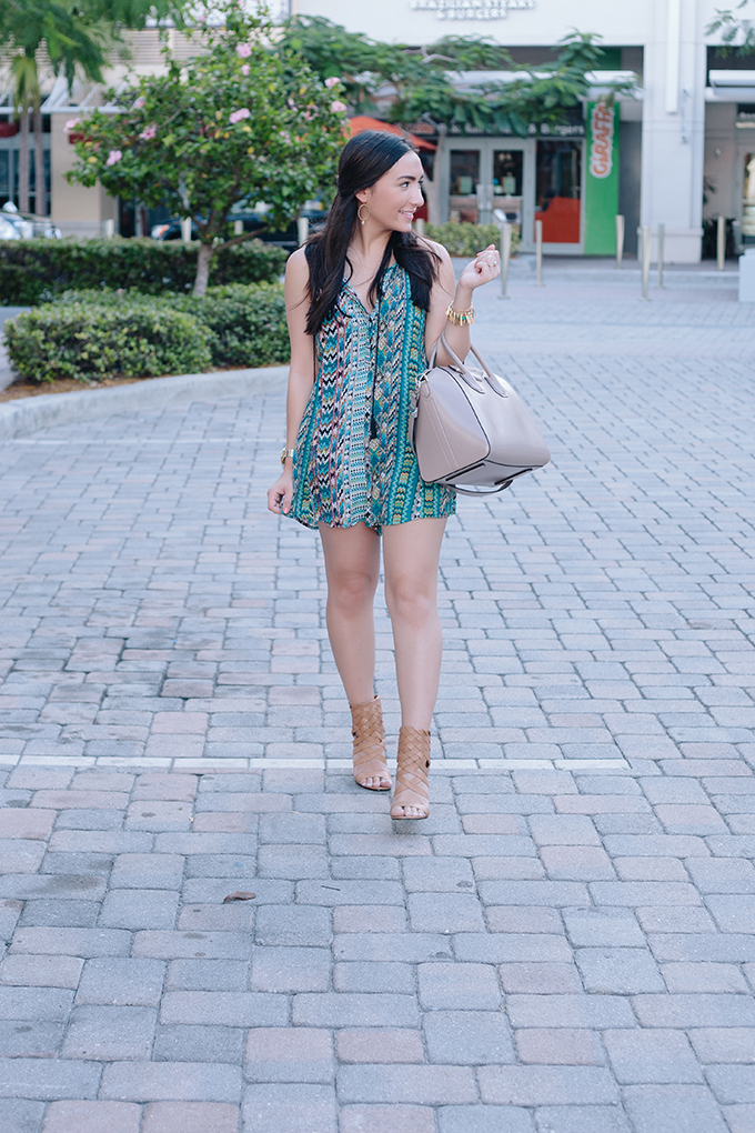 green-printed-romper-the-fashionistas-diary