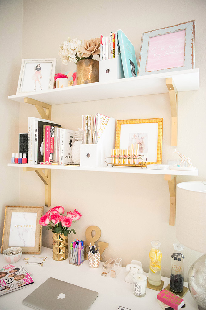 space tiny base a the desk your you images for have two squeeze surface on work workspace home cute together pick and or looking best another pinterest desks put ciarawithacblog spaces into to need asap way