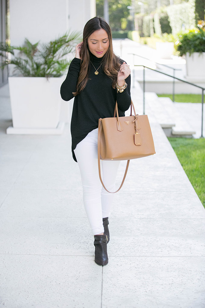 white-jeans-fall-style