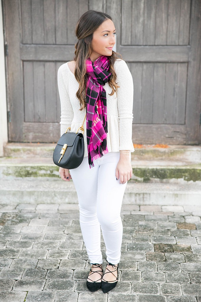 fall-white-on-white-outfit