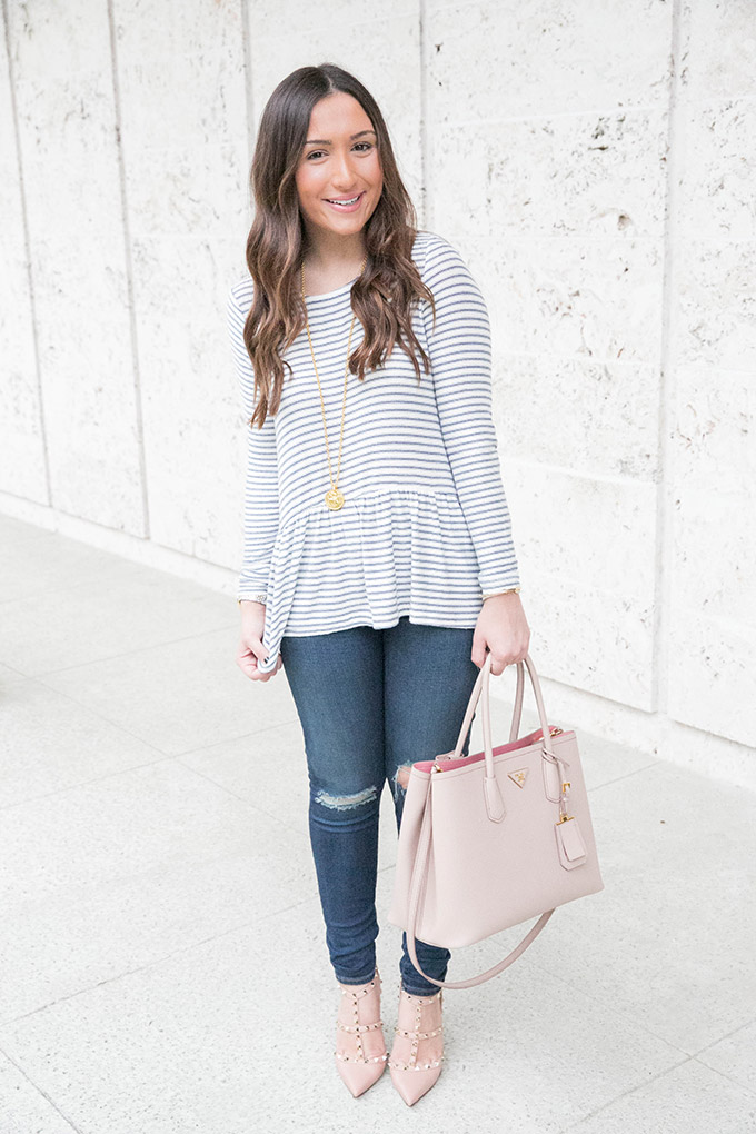 casual-blush-and-navy-outfit