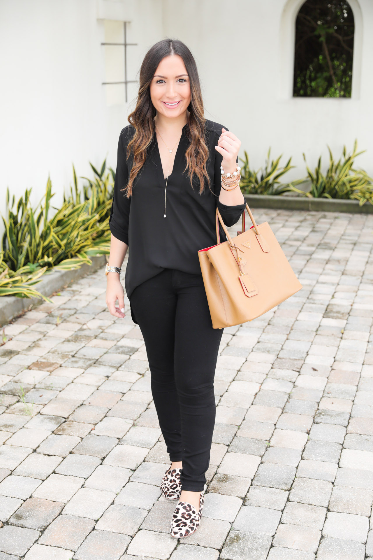 casual-all-black-outfit-4