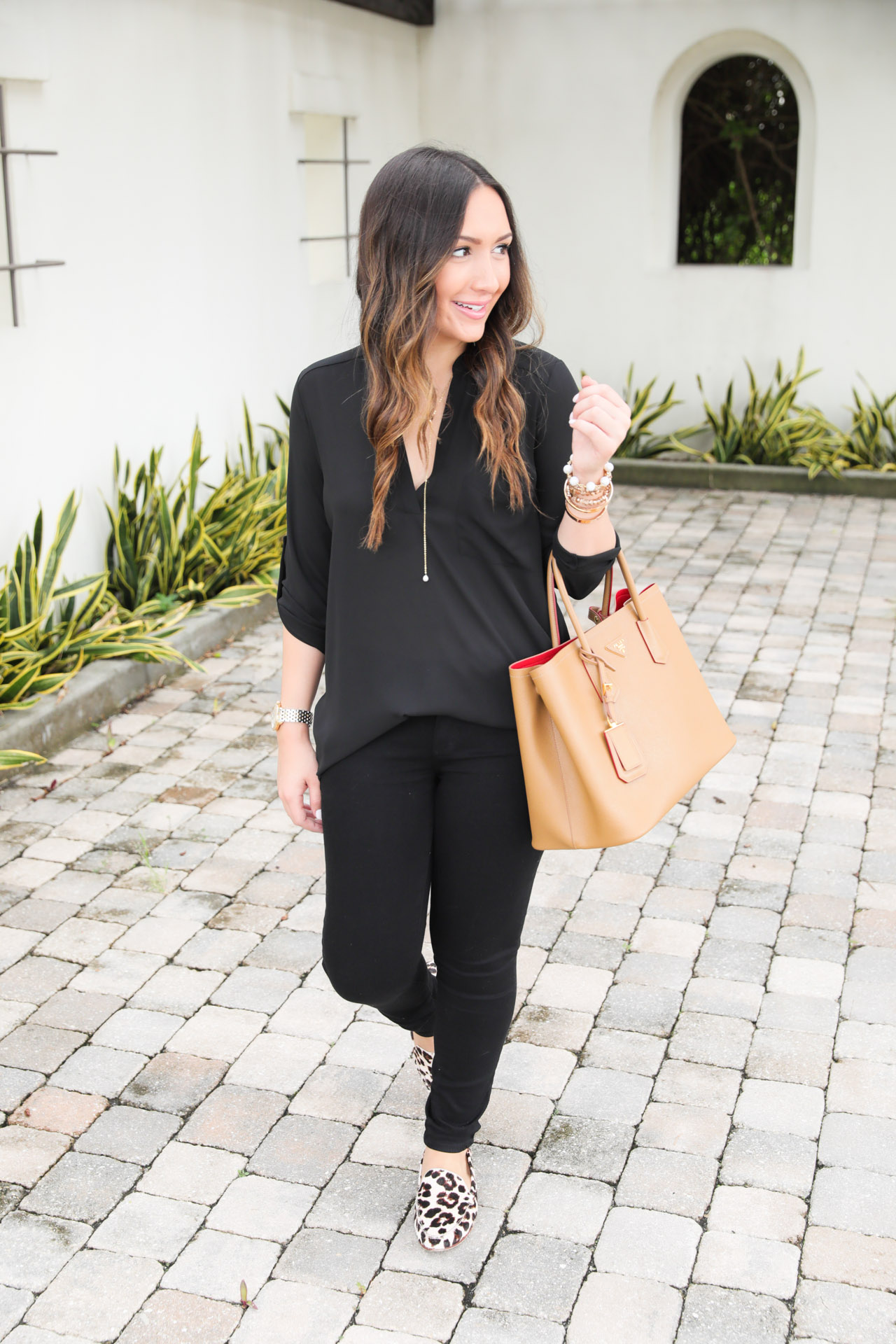 casual-all-black-outfit-5