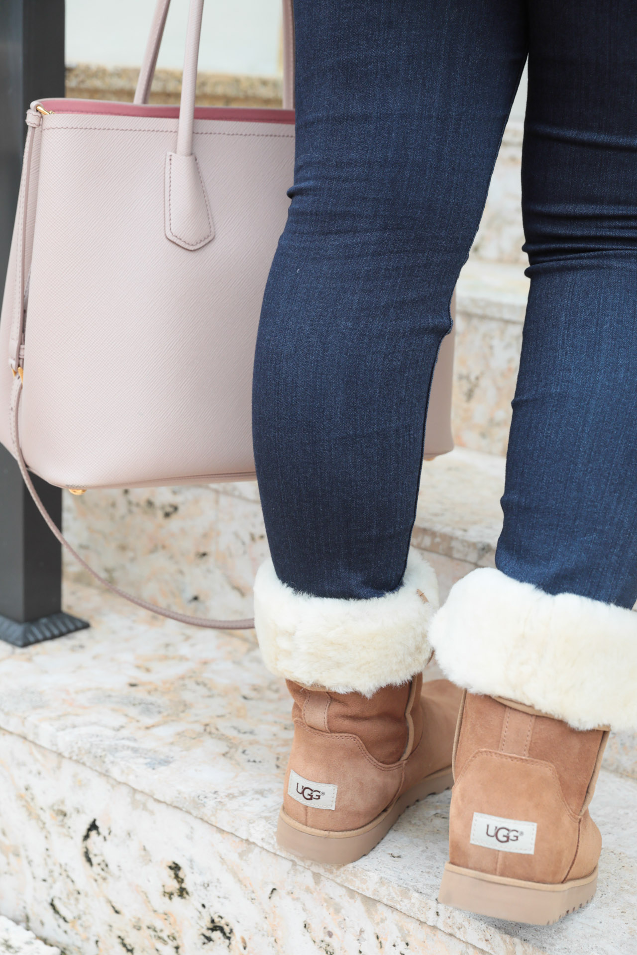 Casual fall style with UGG